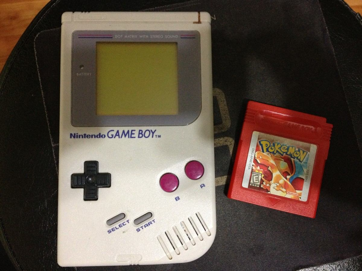 game-boy-with-pokemon-red